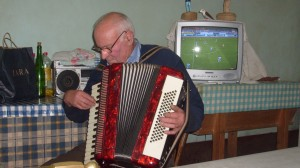vieux monsieur accordeon
